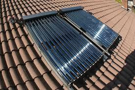 Pannelli solari sotto vuoto